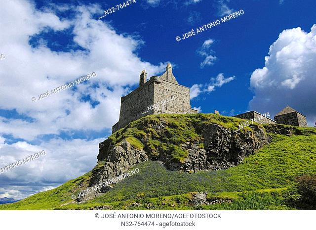 Duart Castle  Craignure  Isle of Mull  Scotland  UK