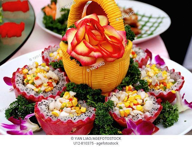 gastronomy,cate,food carve,vegetable carve,Chinese food carve,Lijiang,Yunnan,Chinese food,dish,chinese dish