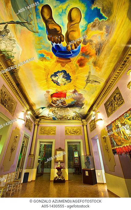 Oil painting in 'El Palacio del Viento' Room, Salvador Dalí Theater-Museum, Foundation Gala-Salvador Dalí, Figueres, Alt Empordá, Costa Brava, Girona Province