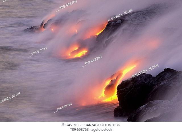 Volcanoes NP, Volcanic eruption. Hawaii, USA
