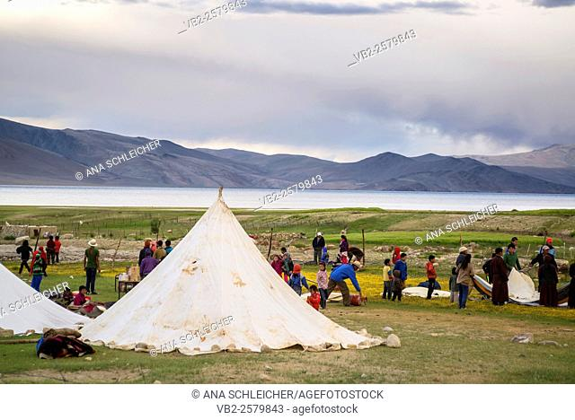 School campsite. Nomads campsite during their summer festival in Tso Moriri lake, Ladakh (India)