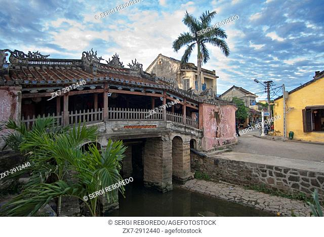 Japanese covered bridge in Hoi An, UNESCO World Heritage Site, Vietnam, Indochina, Southeast Asia, Asia