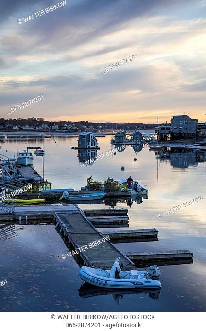 USA, Massachusetts, Cape Ann, Gloucester, Annisquam, Lobster Cove, autumn, dusk