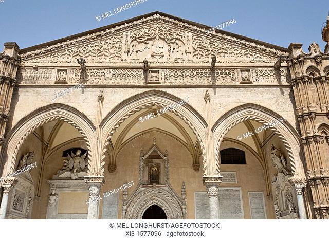 Portico of Palermo Cathedral, designed by Domenico and Antonello Gagini, Palermo, Sicily, Italy