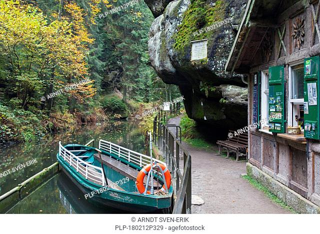 Rowing boat at Oberen Schleuse / Upper Lock on the river Kirnitzsch in Hinterhermsdorf, Saxon Switzerland National Park, Saxony, Germany