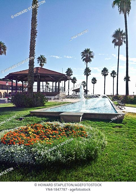 Fountain and grounds of the Hotel Mission De Oro in the central valley of California