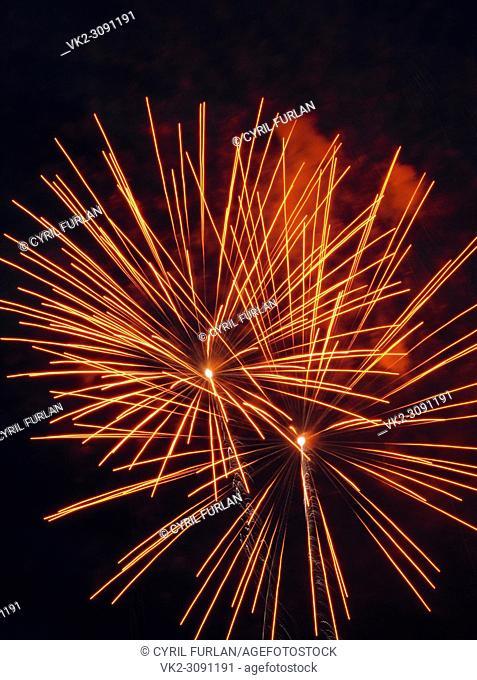 Double Burst Fireworks Red
