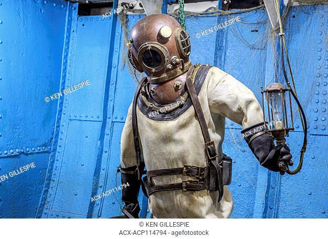 Antique diving suit, Marine Museum of Manitoba, Selkirk, Manitoba, Canada