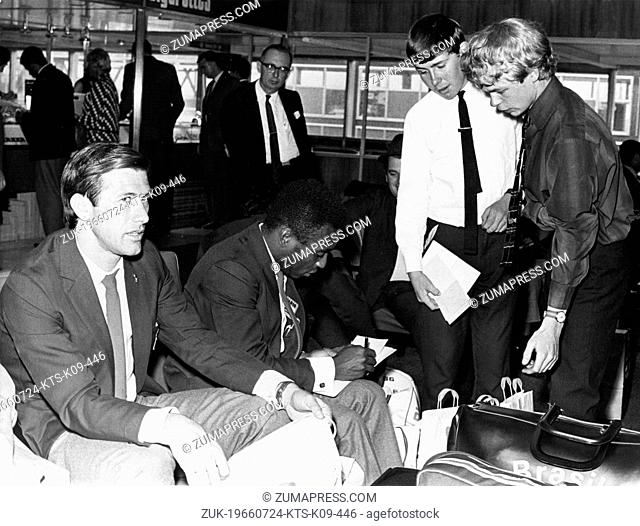 July 24, 1966 - London, England, U.K. - Brazilian soccer player EDSON NASCIMENTO 'PELE' signing autographs for fans at the London Airport