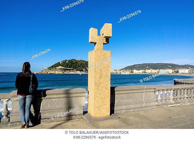 homenaje a Fleming, Eduardo Chillida 1990, paseo de Ondarreta, San Sebastian,bahia de la Concha, Guipuzcoa, Euzkadi, Spain