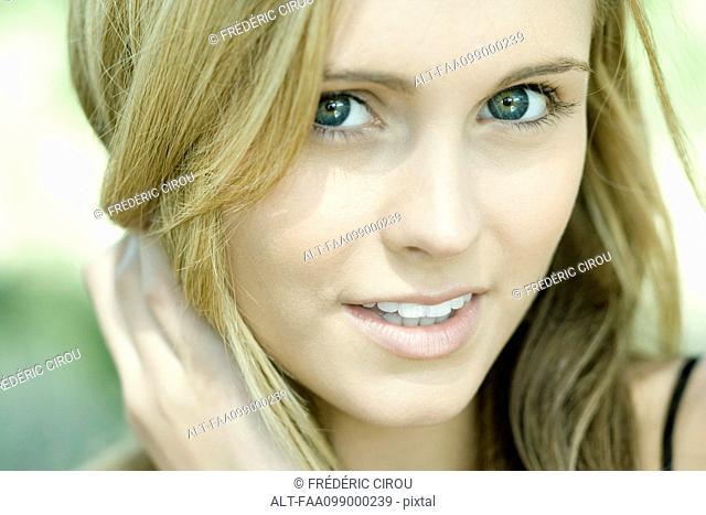 Teenage girl, portrait