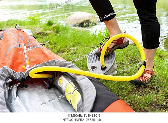 Inflating kayak, low section
