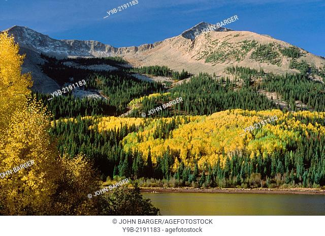 East Beckwith Mountain and Lost Lake Slough in autumn, West Elk Mountains, Gunnison National Forest, Colorado, USA