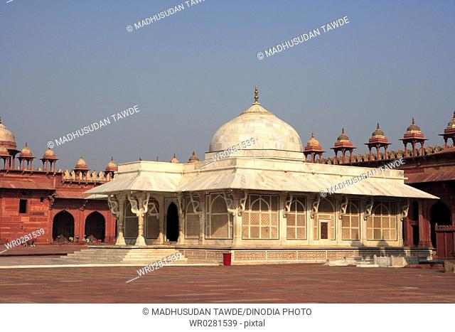 Tomb of Shaikh Salim Chishti made from white marble in Jami mosques courtyard in Fatehpur Sikri built during second half of 16th century , Agra , Uttar Pradesh