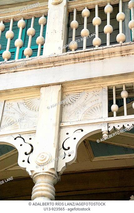 House detail at Marigny Faubourg neighborhood, New Orleans, Louisiana, USA