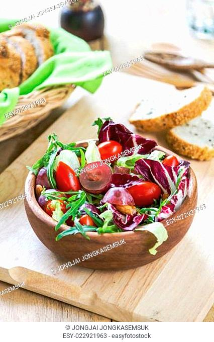 Grape with Radicchio, Rocket salad