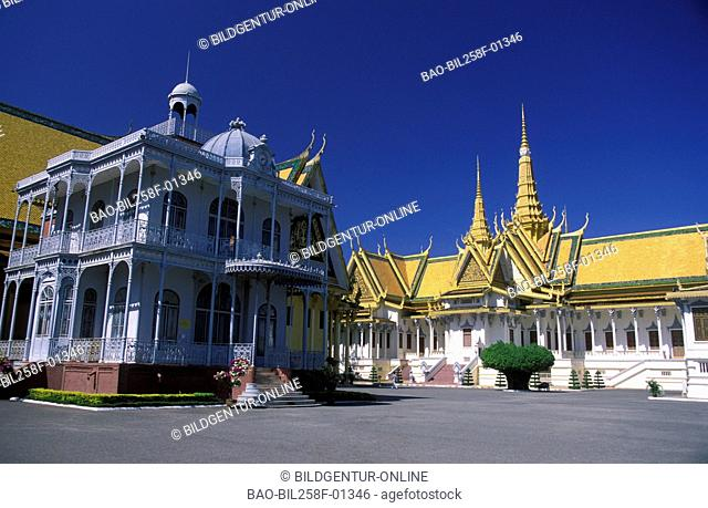 The king's palace in the capital of Phnom Penh inKambodscha in southeast Asia