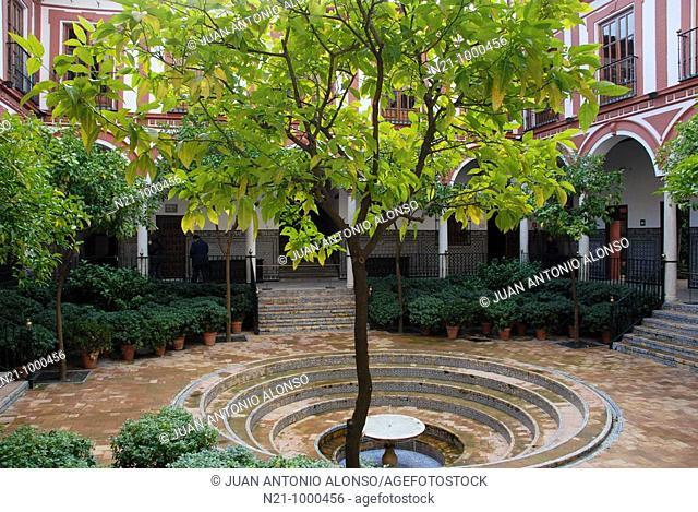 Hospital De Los Venerables courtyard. Santa Cruz Quarter, Seville, Andalucia, Spain