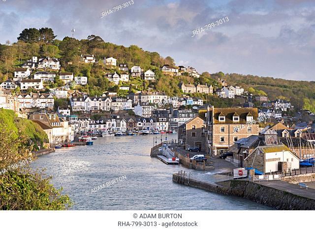 The Cornish fishing town of Looe in the morning sunshine, Cornwall, England, United Kingdom, Europe