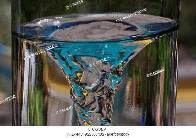 Water whirl, Wasserwirbel