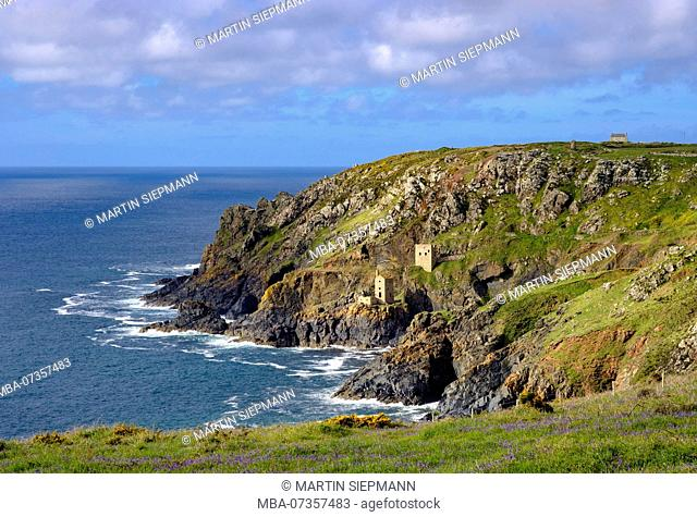 Rocky coast with ruins of the former Mine, Botallack Mine, St Just in Penwith, Cornwall, England, UK
