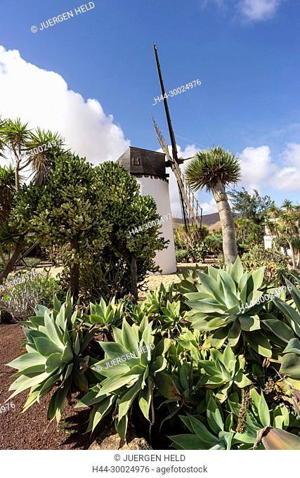 Molina de Antigua, Windmill, Fuerteventura, Canary Islands, Spain