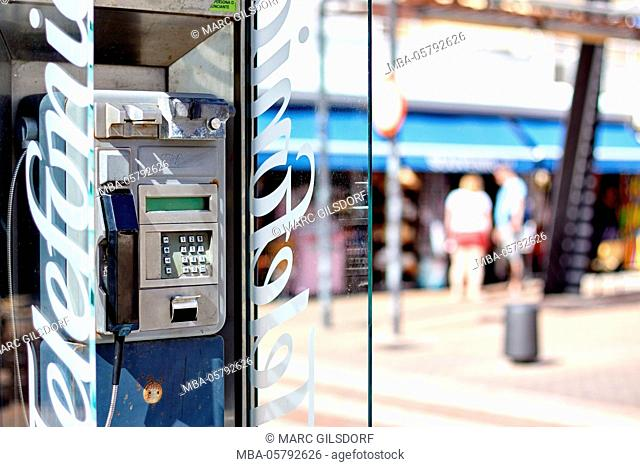 Telephone box, Spain