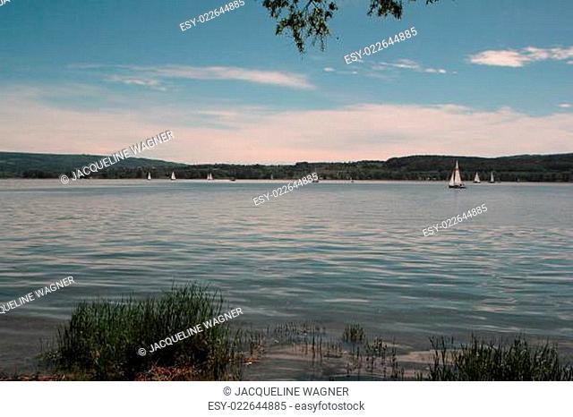Schweiz von Radolfzell aus über den Bodensee