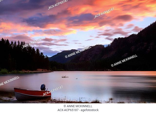 Buttle Lake, Strathcona Provincial Park, Vancouver Island, British Columbia, Canada, Canada