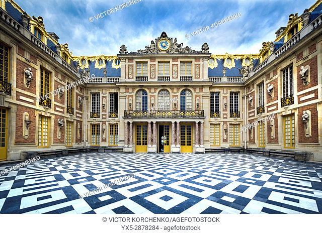 Versailles palace facade