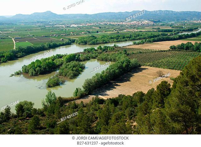 Ebro river as seen from the Iberian village of Castellet de Banyoles. Tivissa. Ribera d'Ebre, Tarragona province. Catalonia, Spain