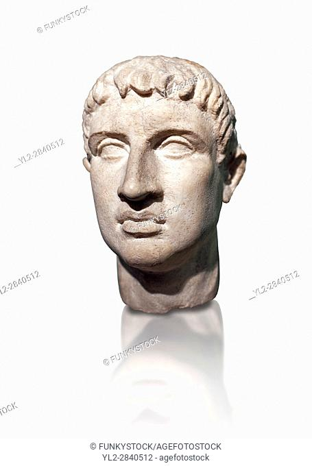 Roman head sculpture in the â. . Italic cubism â. . style, 2nd - 3rd century BC, found in the foundations of the Ministery of Finance on the via XX Septembre
