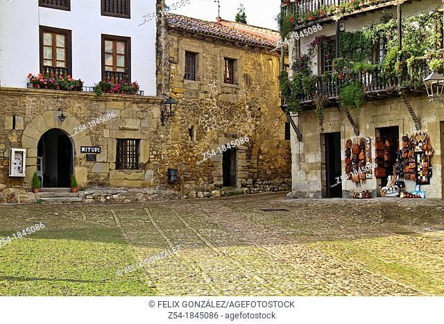 Ramon Pelayo Square, Santillana del Mar, Cantabria, Spain