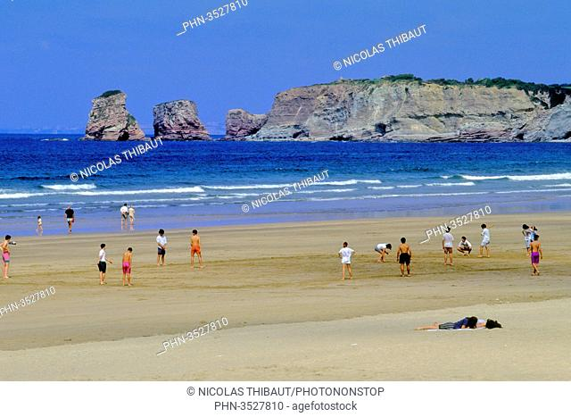 France, Aquitaine, Pyrenees Atlantiques (64), Basque country, province of Labourd, Hendaye, beach