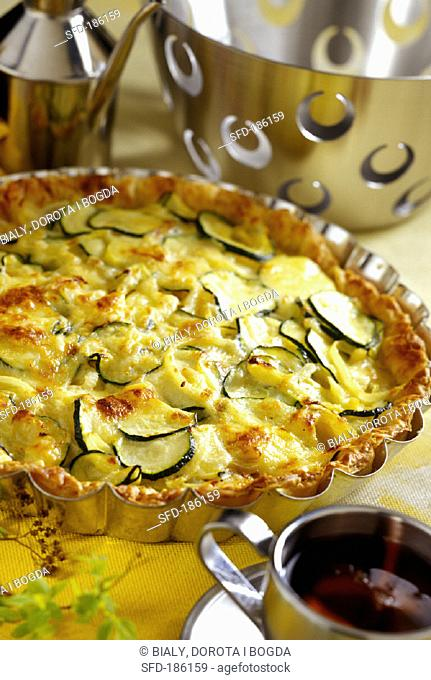 Courgette quiche with puff pastry