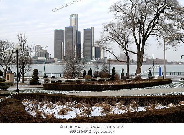 Dieppe Gardens Park in Windsor, Ontario and Detroit skyline in winter