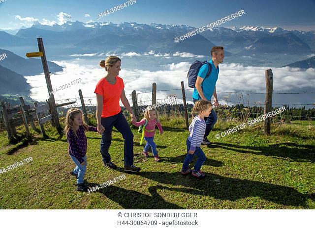 Wandern auf dem Rigi Rotstock mit Blick auf den Vierwaldstättersee