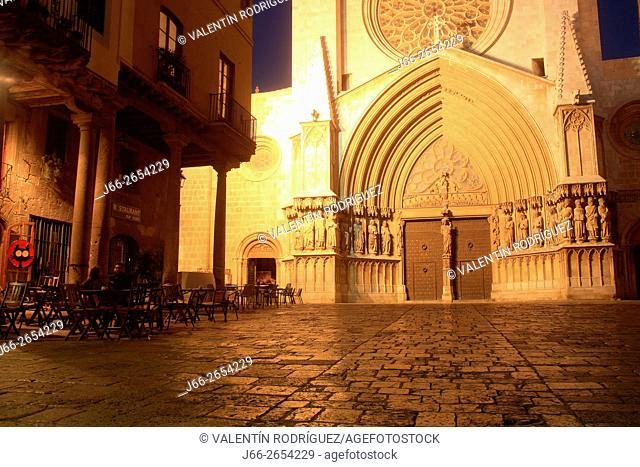 Cathedral Basilica of Santa María early Gothic (s. XII - XIV). Tarragona