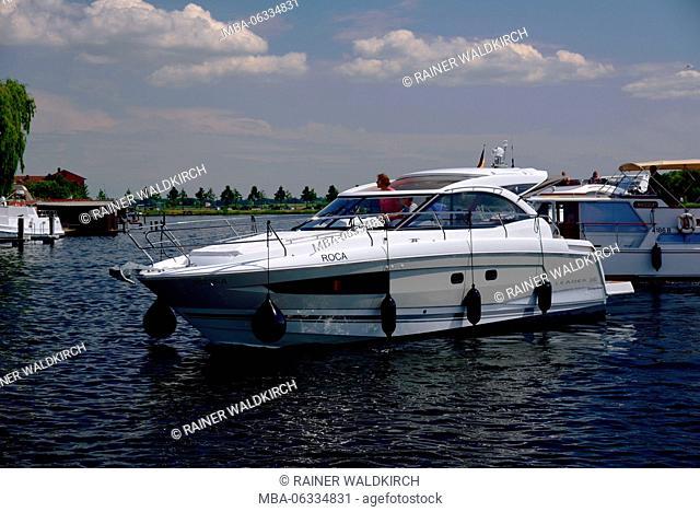 Europe, Germany, Mecklenburg-West Pomerania, island town Malchow, Malchower lake, at the swing bridge, cruiser