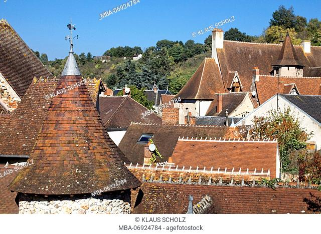 Hérisson, French municipality, tiled roofs