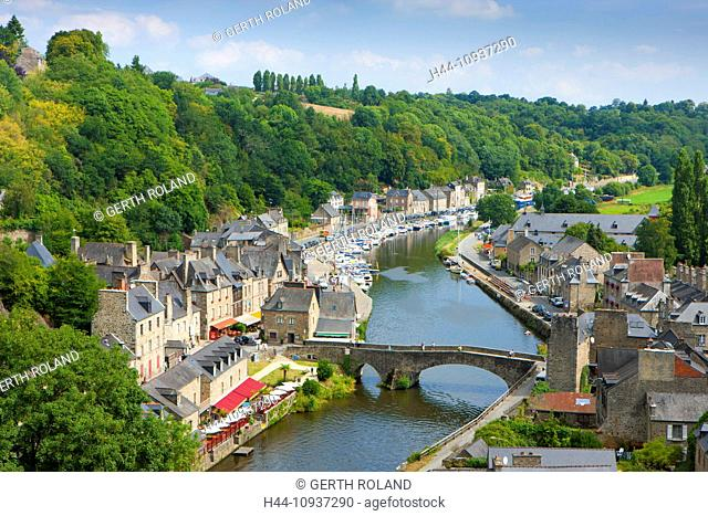 Dinan, France, Europe, Brittany, department, Côte d'Armor, town, city, Old Town, river Rance, Rance, medieval, houses, homes, stone bridge, river port