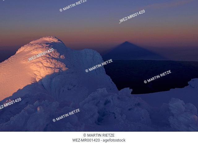New Zealand, View of Mount Taranaki at dusk