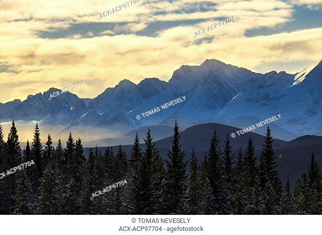 Mountains in Peter Lougheed Provincial Park, Alberta, Canada