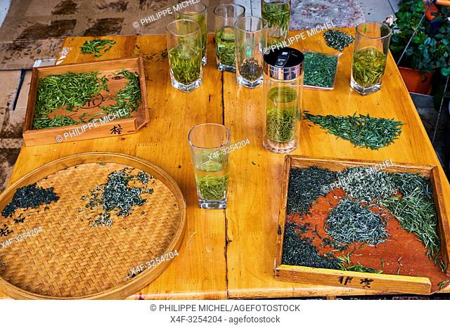 China, Sichuan province, Mingshan, green tea wholesaler market