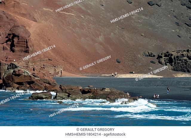 Spain, Canary Islands, Lanzarote Island, El Golfo, black sand beach