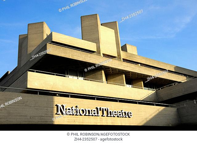 London, England, UK. National Theatre (1977: Denys Lasdun and Peter Softley) on the South Bank