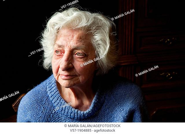 90 year old women nude