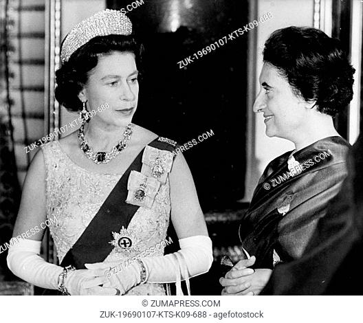Jan. 7, 1969 - London, England, U.K. - INDIRA GANDHI, Prime Minister of India and H.M. QUEEN ELIZABETH II chatting during a reception at Buckingham Palace