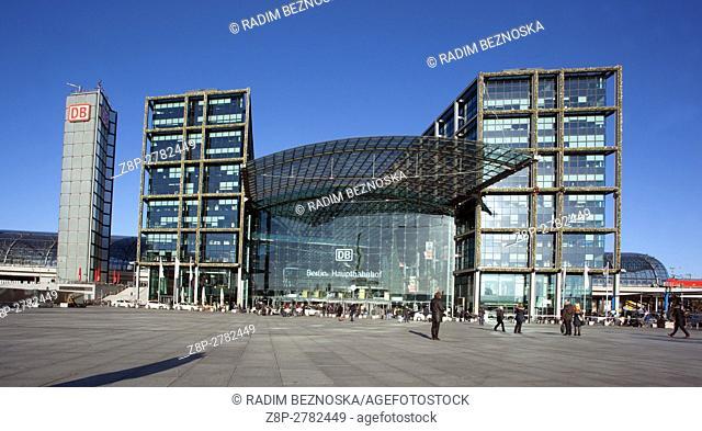 Germany, Berlin, Hauptbahnhof, Main railway station