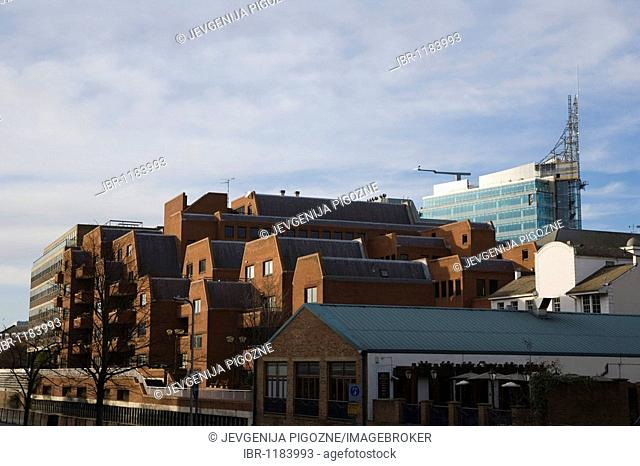 Construction of The Blade towering over the town from Kennet Side, Reading, Berkshire, England, United Kingdom, Europe